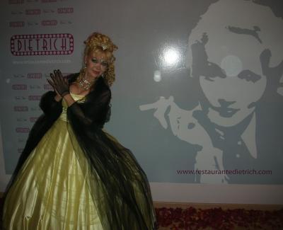 En la inauguración del Restaurante Dietrich