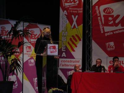 Salutació de Manuela Trasobares als delegats de la X Assemblea D´Esquerra Unida del País Valencià